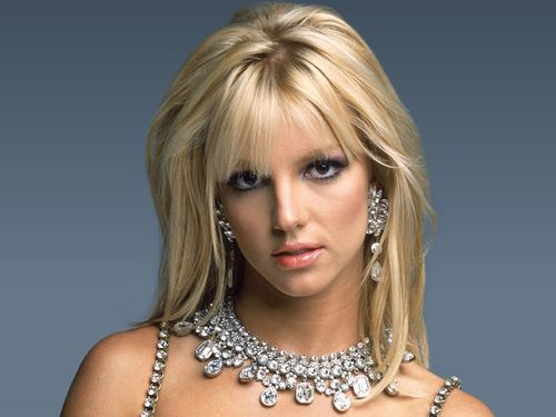 Britney Spears kertas dinding probably with a portrait entitled Britney Spears