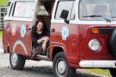 Cathy Cassidy in her camper camioneta, van