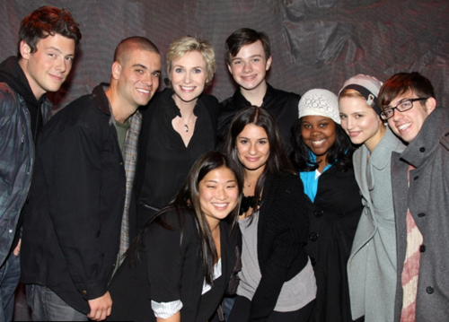 Cory, Chris and the Glee cast:) - Cory Monteith & Chris ...