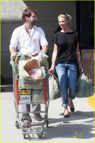 Katherine Heigl & Josh Kelley Go to Gelson's
