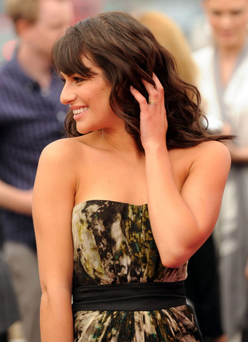 Lea Michele দেওয়ালপত্র probably containing a ককটেল dress, a frock, and a dress entitled Lea Michele :)