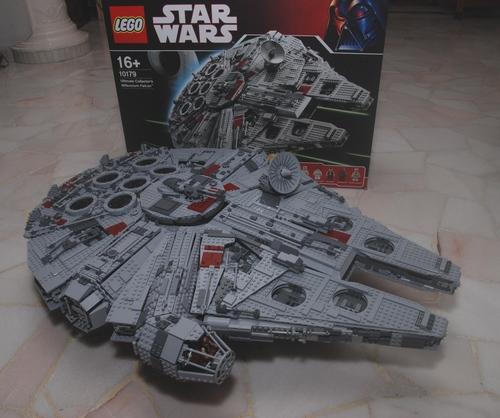 Millenium Falcon (10179)