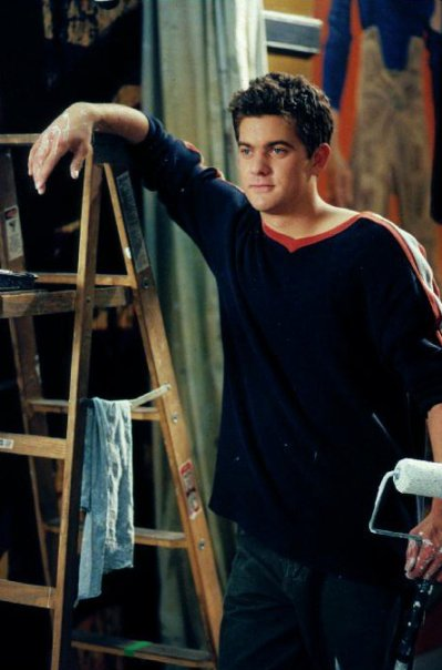 http://images5.fanpop.com/image/photos/24800000/Pacey-Witter-pacey-witter-24823454-399-604.jpg
