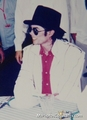 SO HOT in white ★ ______ ★ - michael-jackson photo