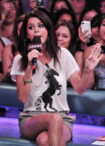 "Selena - MuchMusic's ""New música Live"" - August 24, 2011"