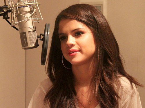 Selena - Radio Stations At 104.5 Chum, August 24, 2011