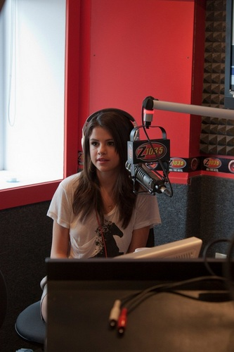 Selena - Z 103.5 In Studio Interview - August 24, 2011