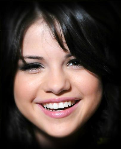 Selena ♥ sweet smile