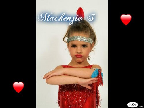 The Girls Of Dance Moms wallpaper entitled The Girls Posing