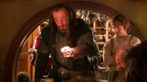 The Hobbit vid blog 3 huy hiệu
