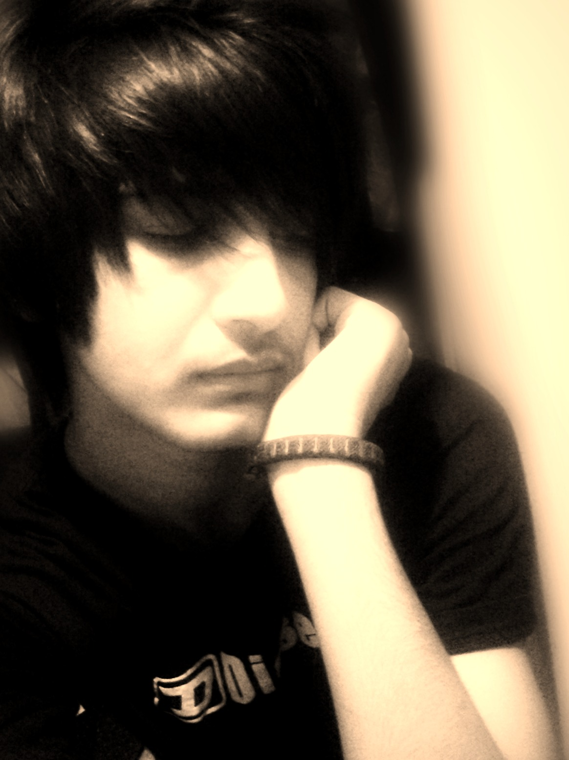 Emo Boys Images Emo Persian Guy Hd Wallpaper And Background Photos