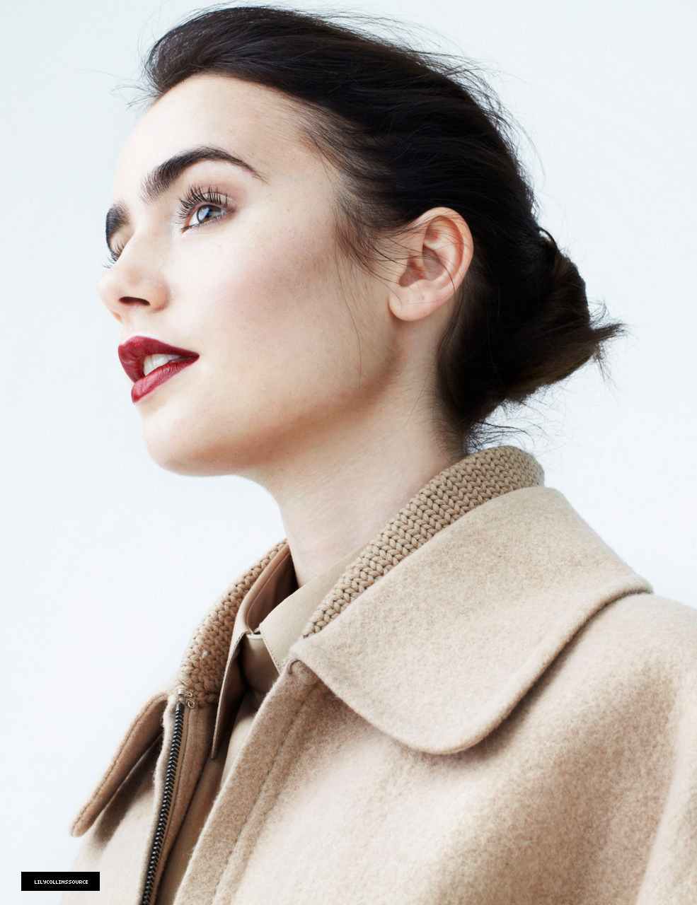 lily collins 2011