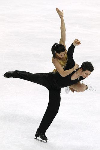 Tessa Virtue & Scott Moir wallpaper entitled  2011 World Championships