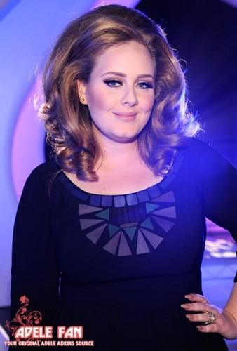 Адель @ MTV VMA 2011