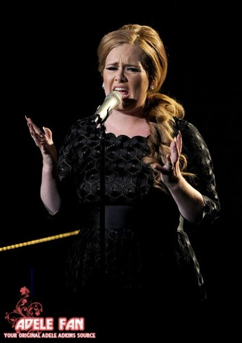 অ্যাডেলে @ এমটিভি VMA 2011