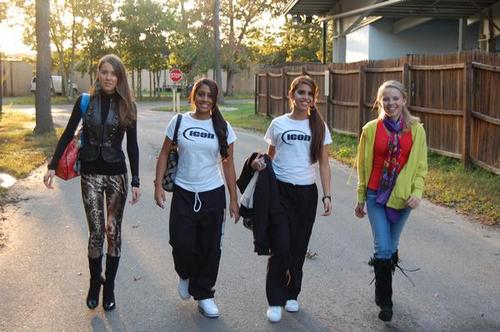 Alessandra& Bianca Castronovo with Zan and another icona dancer<3
