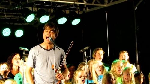 Alexander at the Monsterline সঙ্গীতানুষ্ঠান 27/08/2011