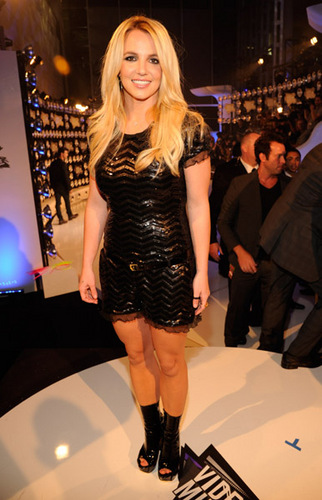 Britney - mtv Video musik Awards 2011 - Red Carpet - August 28, 2011