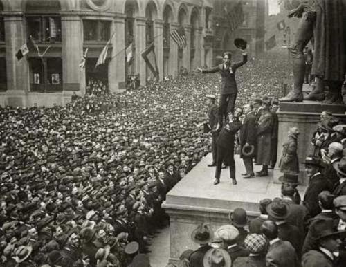 Charlie Chaplin and Douglas Fairbanks (1918)