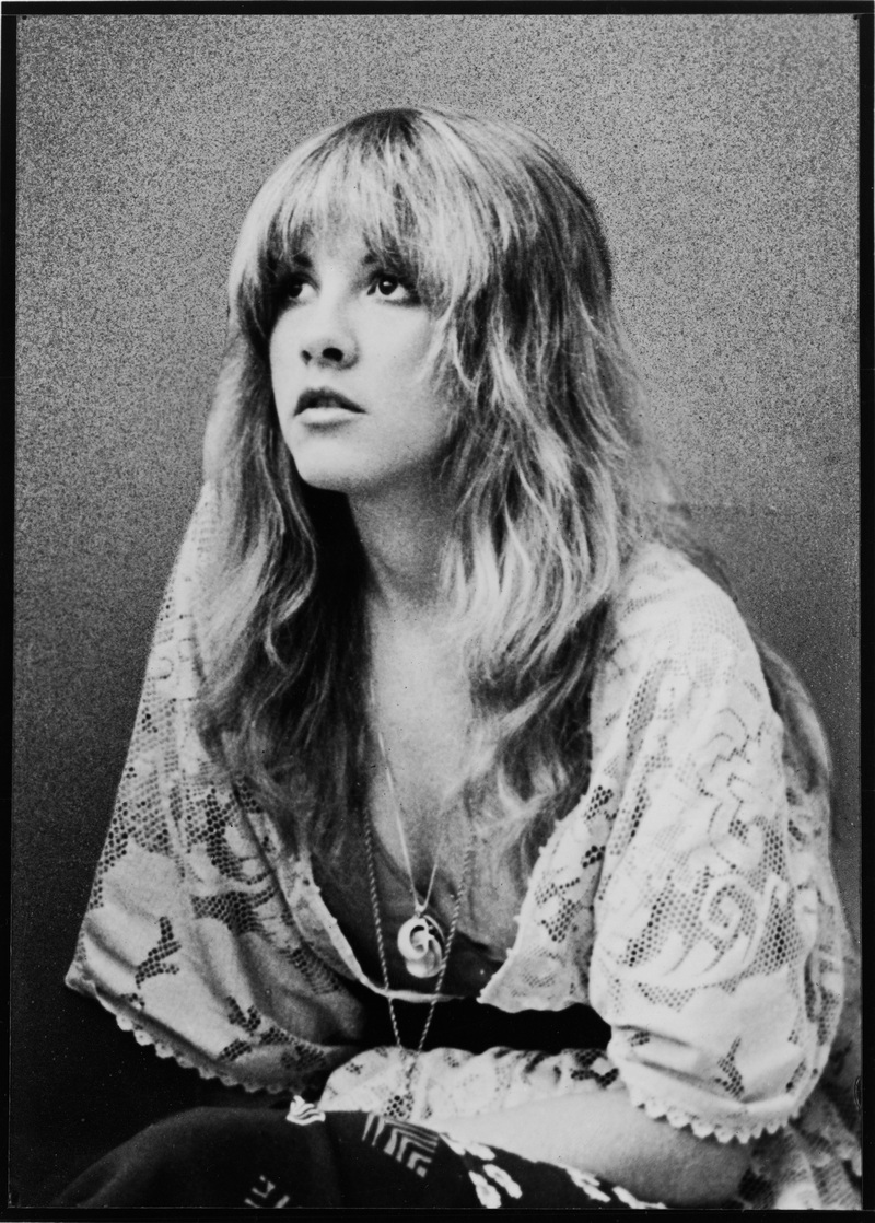 Stevie Nicks: Stop Draggin' My Heart Around