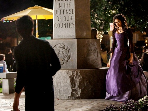 Katherine Pierce and Elena Gilbert wallpaper possibly containing a jantar dress, a bridesmaid, and a rua called Elena&Katherine wallpaper