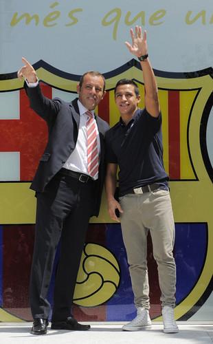 FC Barcelona Unveils New Signing Alexis Sanchez