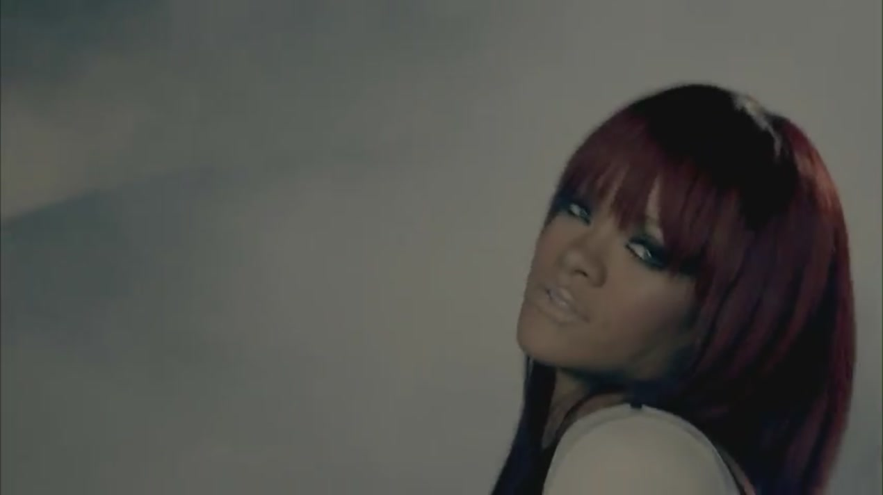 Fly Featuring Rihanna Music Video Nicki Minaj Image