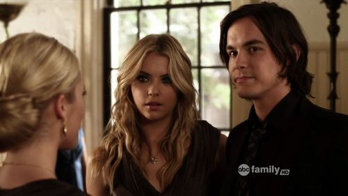 Haleb: 2x12 - hanna-and-caleb Screencap