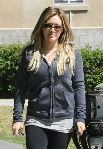 Hilary - Going to Pilates Class - August 30, 2011