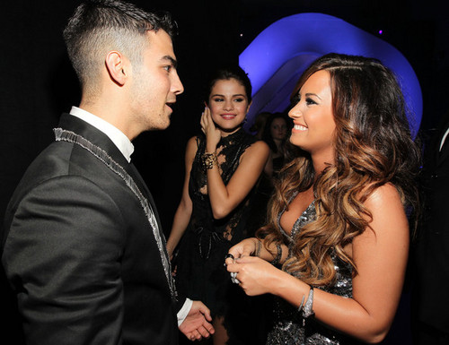 Jemi at VMA 2011