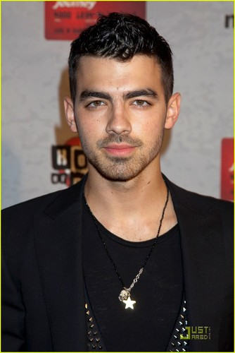 Joe Jonas: Lifebeat konzert with Nick!
