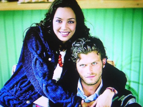 Kivanc Tatlitug and Azra Akin