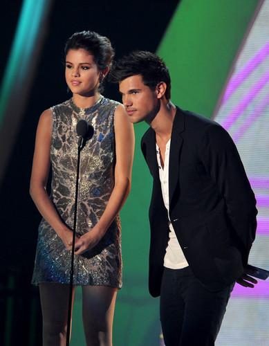 MTV MVA 2011