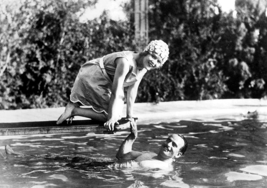 Silent Movies Images Mary Pickford And Douglas Fairbanks At Their Home Hd Wallpaper And