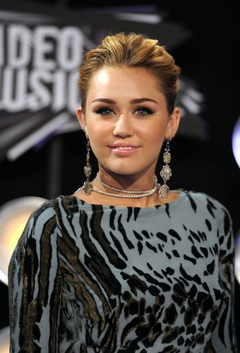 Miley - MTV Video musique Awards - August 28, 2011