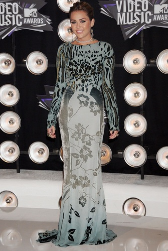 Miley - mtv Video musik Awards - August 28, 2011