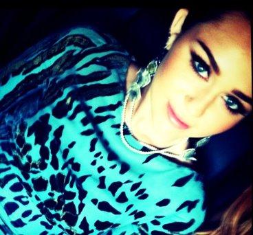 Miley- New Twitter Pics!