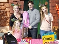 Peter Facinelli & Jennie Garth Go Back to School (PHOTO)