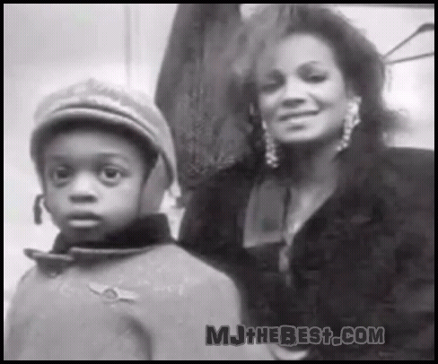 "Maureen Reillette ""Rebbie"" Jackson wallpaper called REBBIE WITH HER KIDS"