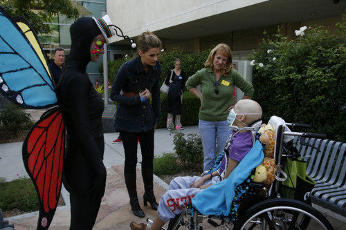 Stana at The L.A. Children's Hospital