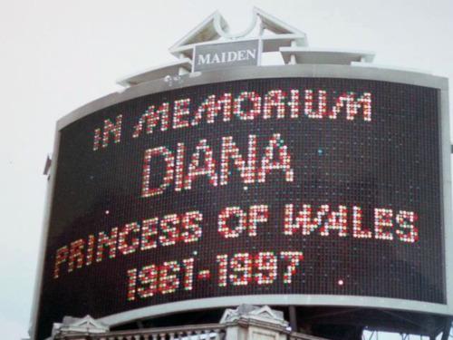 Trafalgar Square, 1997