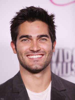 Tyler Hoechlin @ 2011 Candie's 音乐电视 VMA After Party