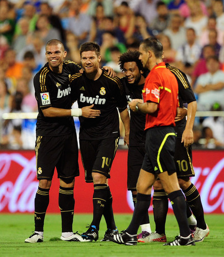 X. Alonso (Real Zaragoza vs Real Madrid) - xabi-alonso Photo