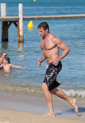 hugh jackman and family in st. tropez