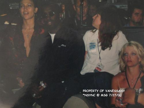 2000 puff daddy, jennifer lopez, britney spears @ nsync concierto