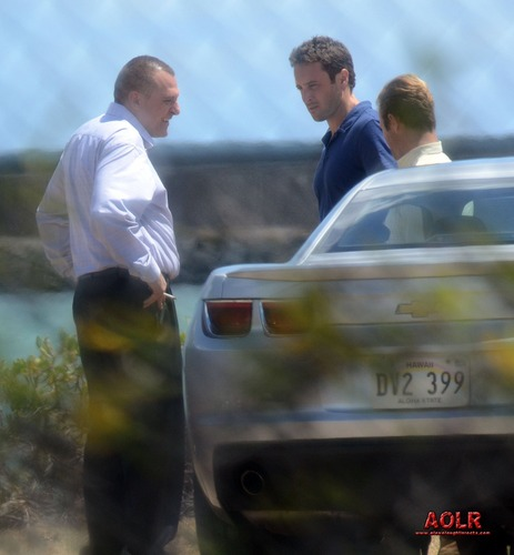 Alex on the set of Hawaii Five-0 (August 27)