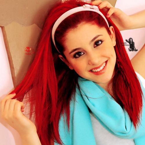 Ariana grande pretty!