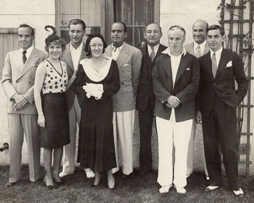 Chaplin with Mary Pickford, Al Jolson, Gloria Swanson and Douglas Fairbanks
