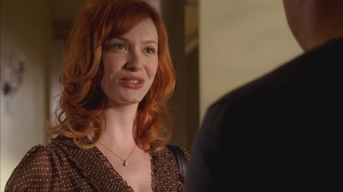 क्रिसटीना हेंड्रिक्स वॉलपेपर probably with a well dressed person, a business suit, and an outerwear called Christina Hendricks in Life - Tear Asunder - 1.02