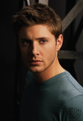 Supernatural wallpaper probably containing a jersey and a portrait called Dean